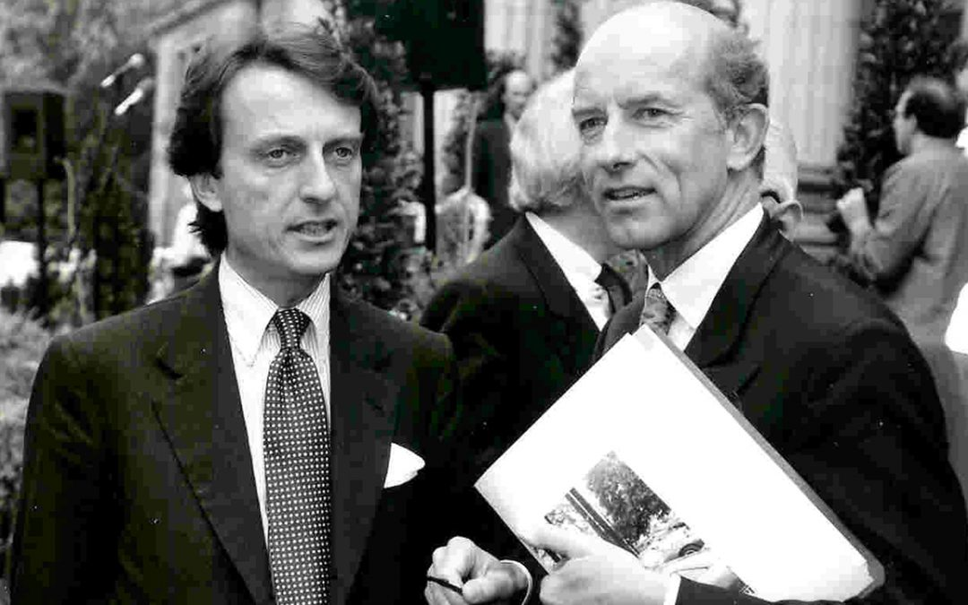 1993.05.01 - Speaking with Luca Cordero di Montezemolo in Wiesbaden on the occasion of the inauguration of the new Ferrari headquarters in Germany