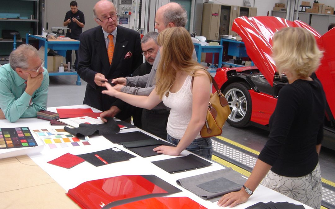 2005.09.08 – In the Pininfarina workshops, choosing the colors for P4/5