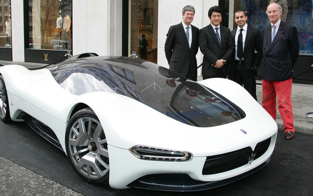 2006.02.09 – Giving the Louis Vuitton Classic Best of the Best 'Concept Award' 2005 at the Maserati Birdcage of Pininfarina, with Yves Carcelle, Ken Okuyama and Jason Castriota