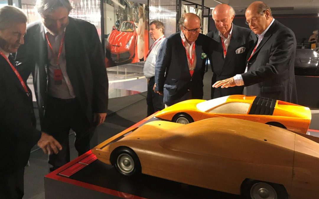2017.09.08 – Maranello, opening exhibition celebrating Ferrari's 70th anniversary in the presence of numerous distinguished guests – amongst them, Leonardo Fioravanti (former responsible of Pininfarina's Design Center and Vice-President of Ferrari), Lorenzo Ramaciotti (former General Manager of Pininfarina Studi e Ricerche), Adolfo Orsi (President of the Concours d'Elegance jury) and Antoine Prunet (historian and author of several highly respected books on the marque), all seen here discussing scale models of prototypes