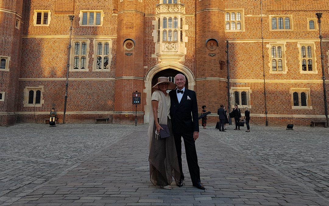 2017.09.02 - Arriving for the Gala evening at Hampton Court