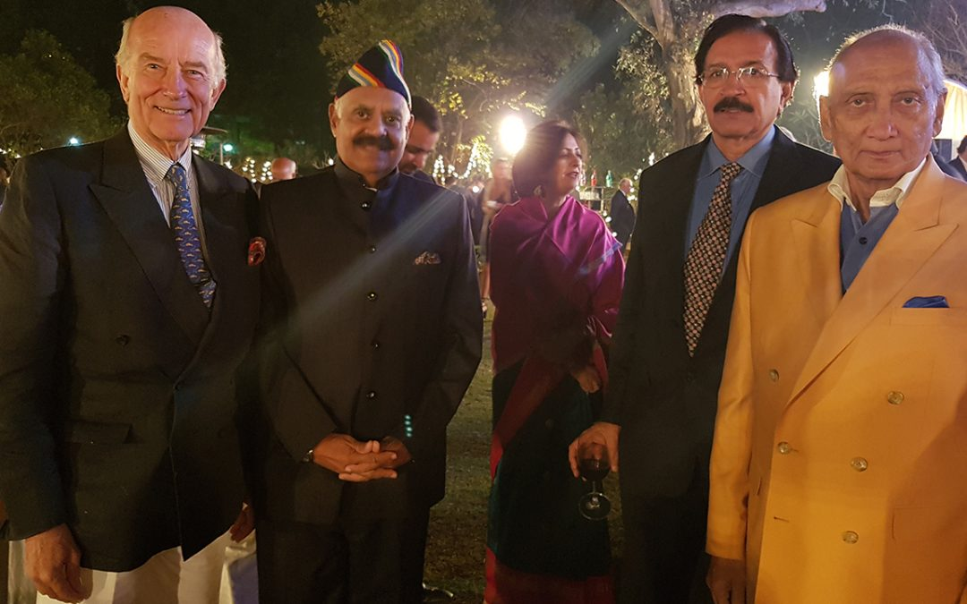 2018.02.16 – The 21 Gun Salute International Vintage Car Rally & Concours Show starts with a garden party at the residence of the Maharaja of Tehri Garhwal (right), also attended by VP Singh, Governor of Punjab and motoring enthusiast (second from left)