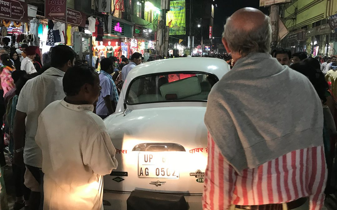 2018.02.28 – A busy street in Varanasi with a local Ambassador trying to move through the crowd