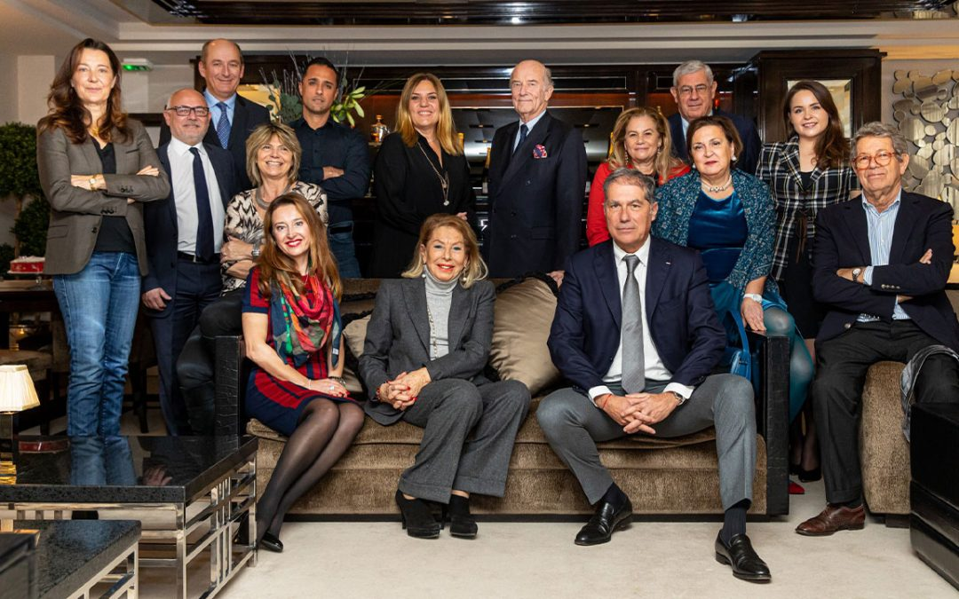 2020.01.13 - The full Board of the Club des Résidents Etrangers de Monaco (CREM) surrounding its dynamic President Louisette Azzoaglio Lévy-Soussan (seated, in the middle)